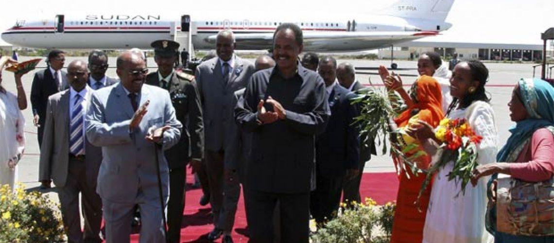 Bashir viajou para a Líbia