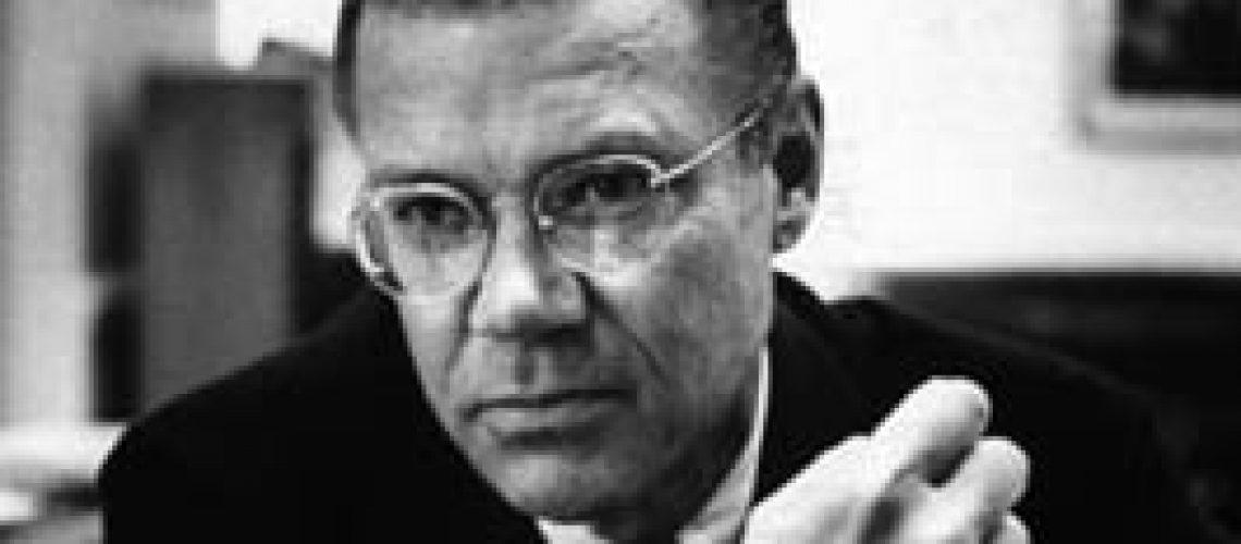 Robert McNamara 1916 – 2009 – 93 anos
