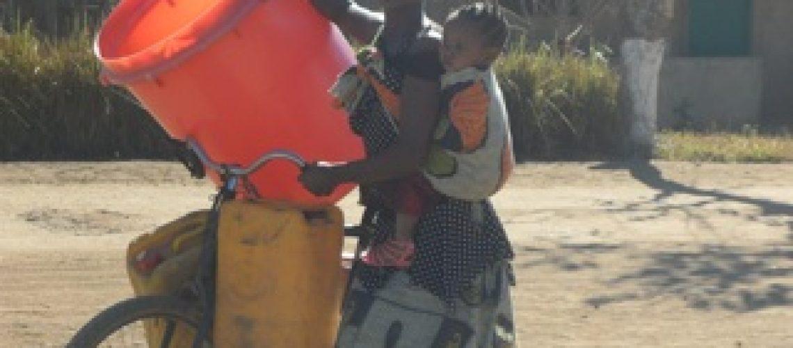 Governo desresponsabiliza-se do fornecimento de água potável abrindo mais espaço para privados