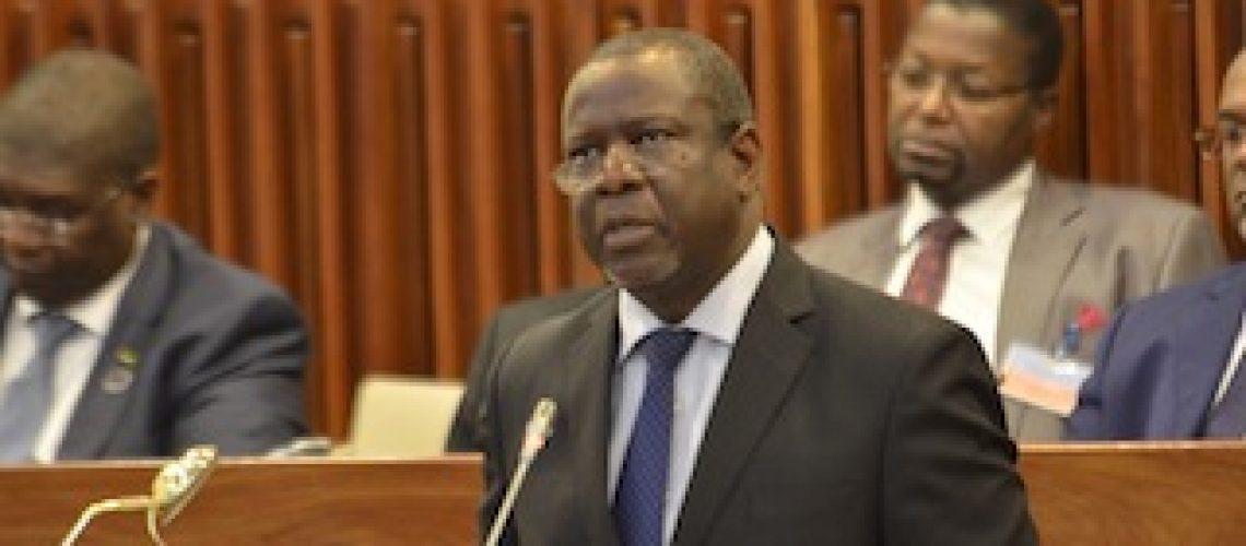 """Moçambique """"está no banco dos réus por culpa do Partido que Governa desde 1975"""""""