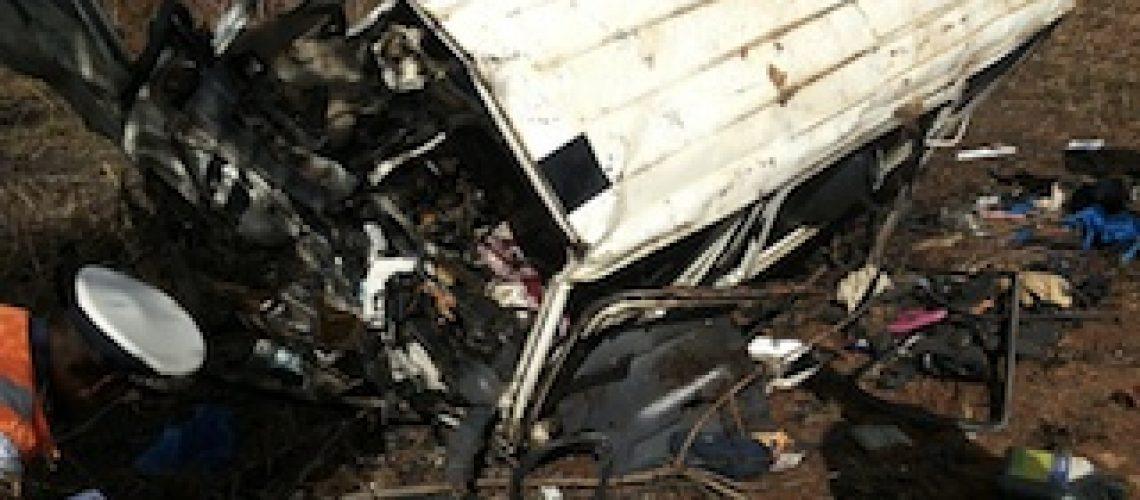 Dezasseis pessoas mortas em acidentes de viação no Natal em Moçambique