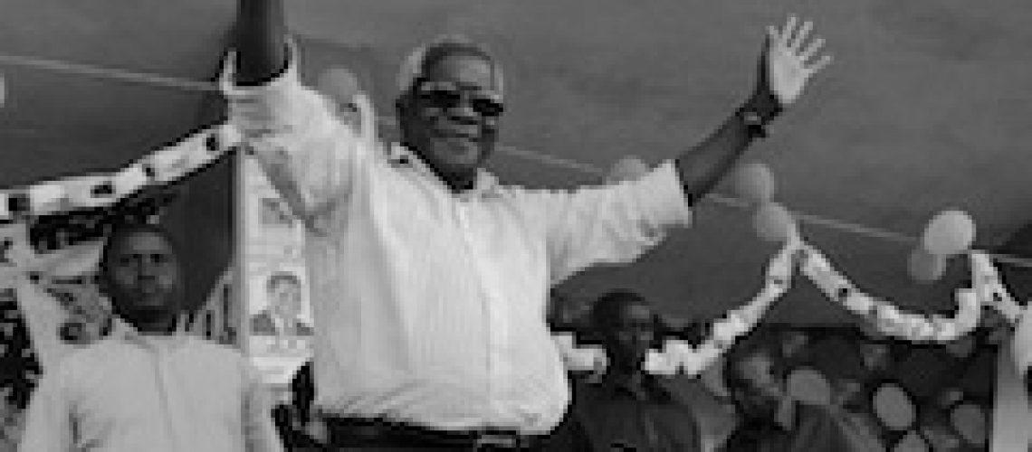 Retrospectiva Maio: Afonso Dhlakama