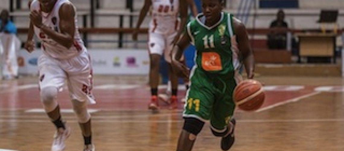"""Afrobasket 2016: """"locomotivas"""" de Maputo trucidam campeãs e jogam pelo troféu com Inter Clube de Luanda"""