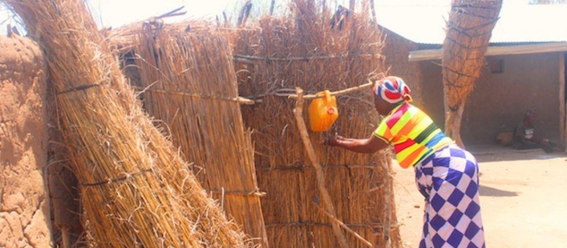 Governo de Nyusi falhas próprias metas de aumento da cobertura de água potável em Moçambique