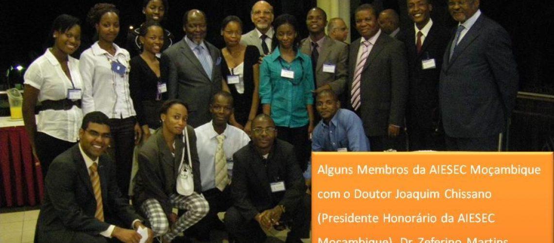 """Lançada em Maputo """"maior"""" organização de universitários do mundo"""