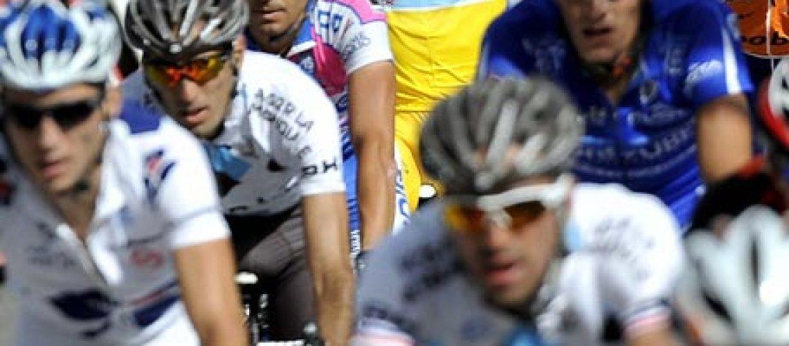 Contador conquista o seu segundo Tour de France