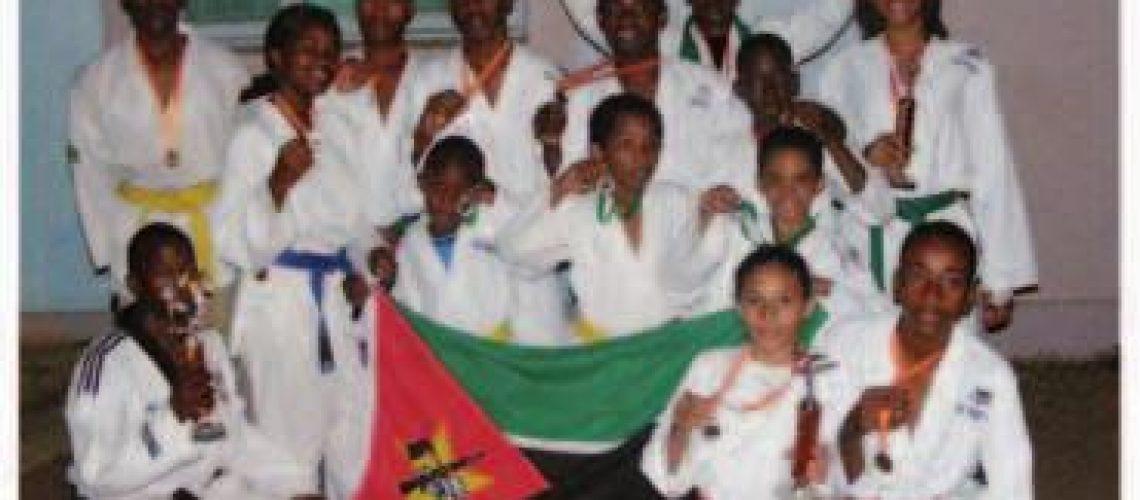 Matola conquista 18 medalhas e ganha torneio internacional de Taekwondo