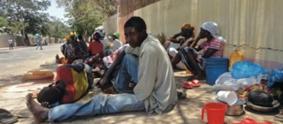 "Os moradores da ""Base de Moçambique"""