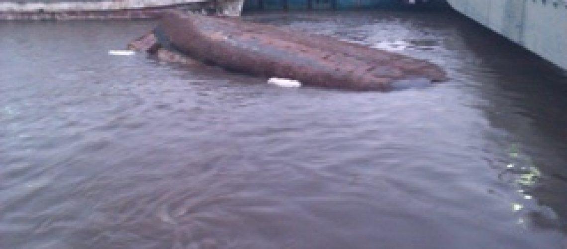 Batelão naufraga em Quelimane; um morto