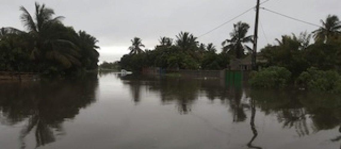 Chuva no Centro de Moçambique mata dois menores na Beira e seis adultos em Sussundenga; previsão de mais chuva intensa
