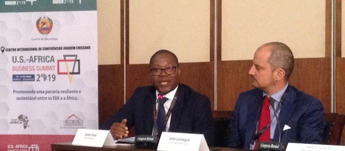 """Banco central acredita que é momento de criar fundo soberano de Moçambique """"temos de cria-lo agora"""""""