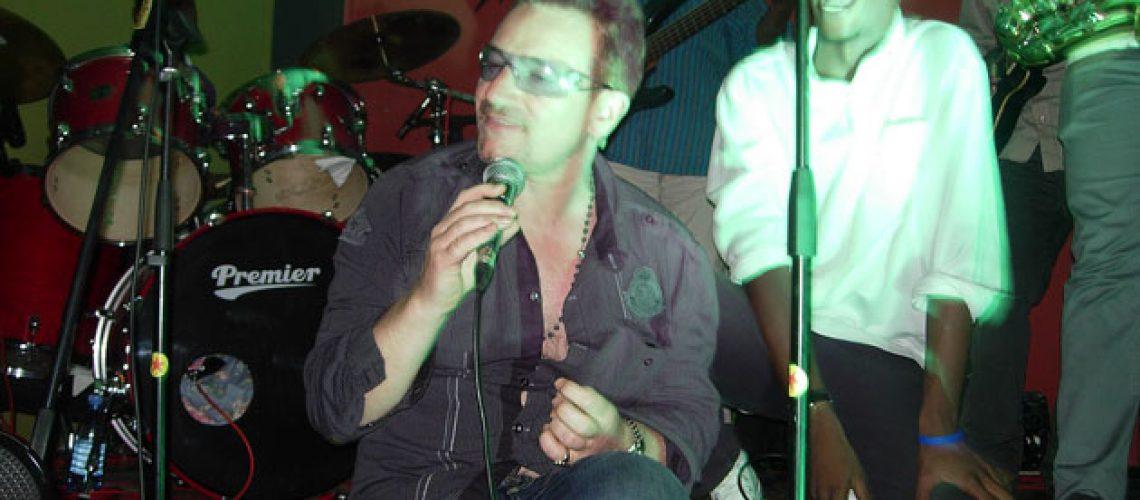 Bono Vox encantado com a música moçambicana