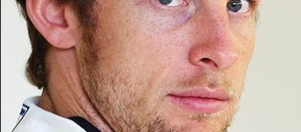 Button sai na pole position com Barrichello em 2º na Austrália