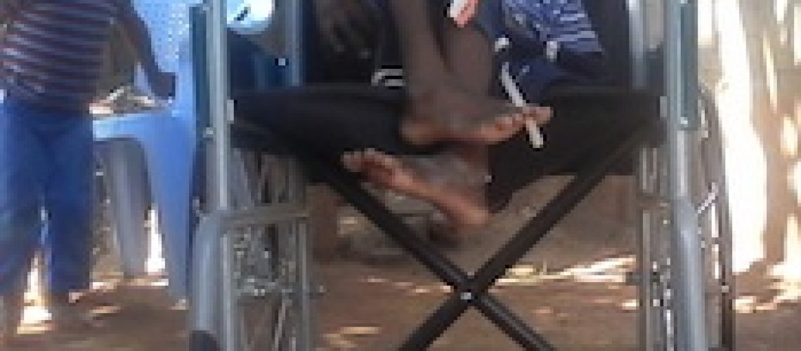 Pai discrimina filho deficiente e foge responsabilidade paternal em Nampula
