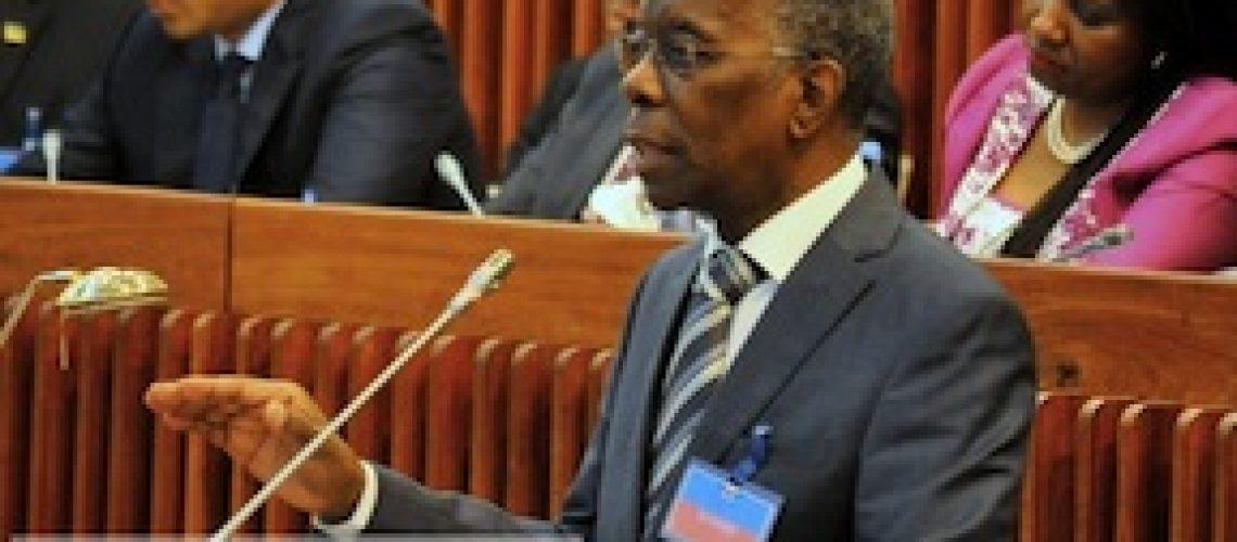 Retrospectiva Fevereiro: Maioria das medidas de Contenção de despesa pública não afectam Dirigentes e Funcionários do Estado em Moçambique