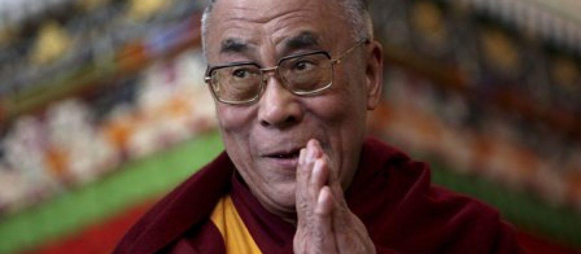 Negativa de visto ao Dalai Lama adia conferência na África do Sul