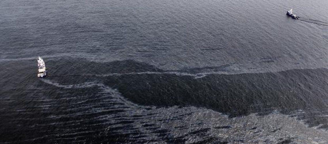 Derrame de petróleo pode ser um dos piores da história dos EUA: oficial