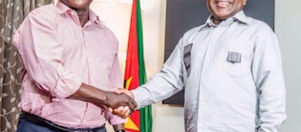 Afonso Dhlakama assume belicismo e decreta cessar-fogo provisório em Moçambique