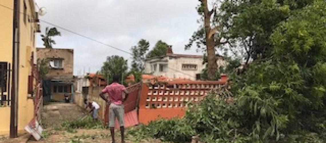 Ciclone Dineo perde força mas chuva e ventos fortes vão continuar no Sul de Moçambique