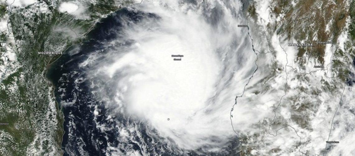 Aproxima-se de Gaza e Inhambane ciclone Dineo; calor nesta 3ªfeira