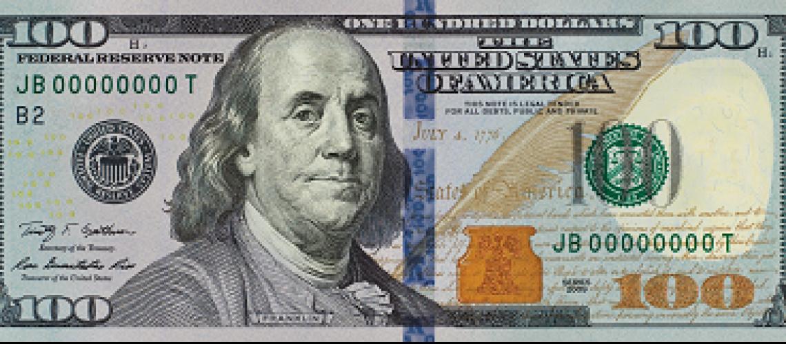 EUA apresentam nova nota de 100 dólares que circulará a partir de 2011