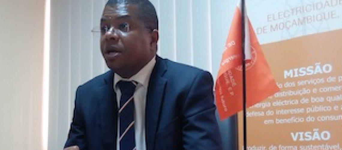 EDM garante tirar os moçambicanos da escuridão