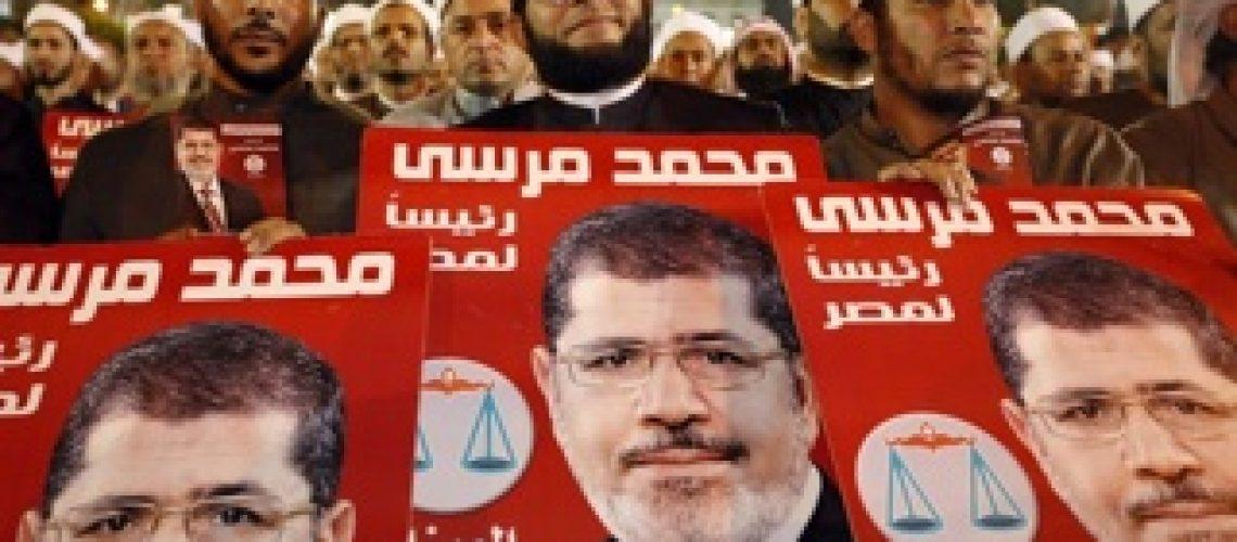 Candidato da Irmandade Muçulmana vence eleição no Egito