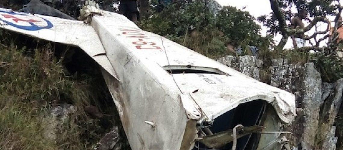 Aeronave com seis ocupantes despenha-se na cordilheira montanhosa de Machipanda
