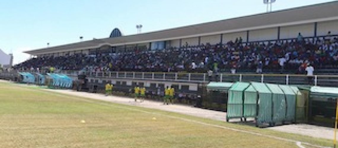 Moçambola: a bola vai enfim rolar em Moçambique