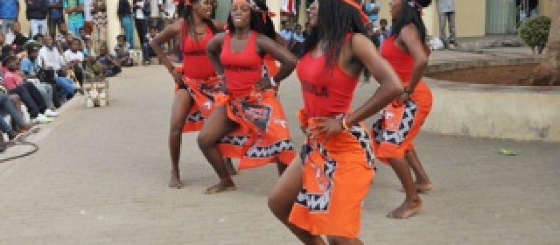 O reencontro entre as tribos moçambicanas
