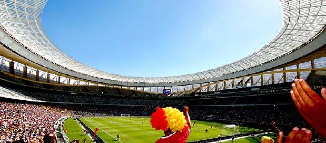 Cidade do Cabo inaugura seu estádio para Mundial de futebol