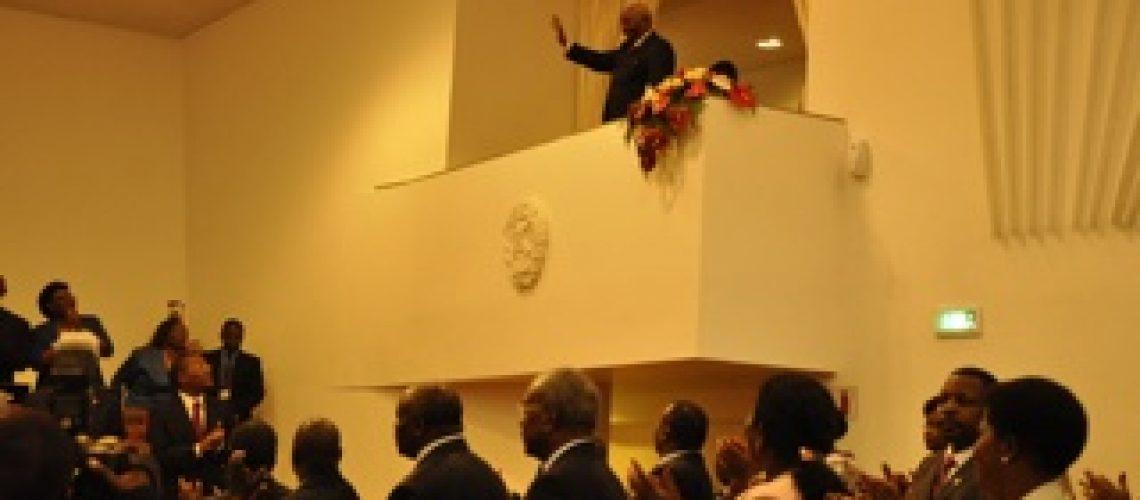 Presidente da República diz que Moçambique continua a crescer