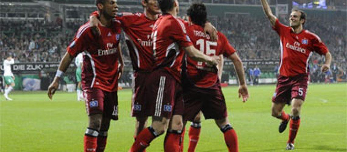 Hamburgo vence Werder e Dynamo e Shakhtar empatam nas semifinais da UEFA