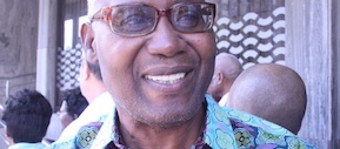 Segurança Social: Presidente exorta sindicatos a denunciar irregularidades no INSS