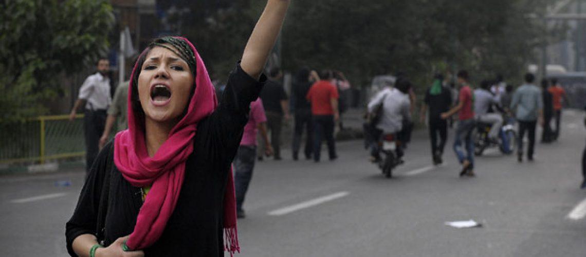Nova manifestação pró-Moussavi no Irão
