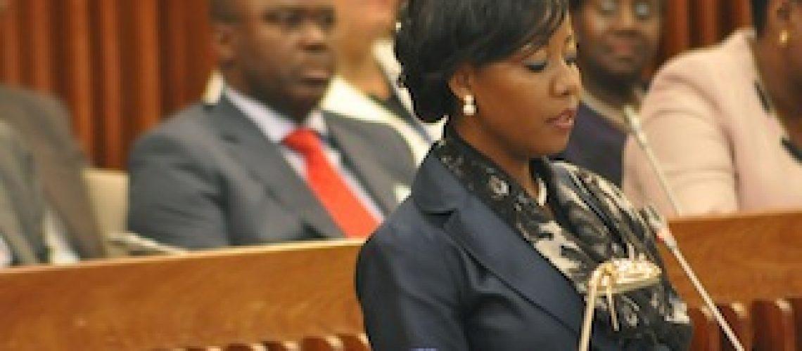 Deve-se afastar a Frelimo do poder para acabar com a pobreza em Moçambique