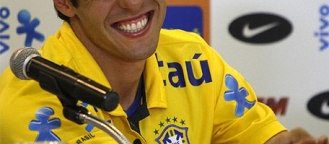 Kaká tentará esquecer na Copa sua primeira temporada no Real Madrid