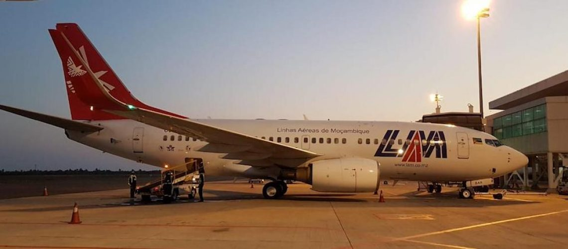 lam-boeing-taxi