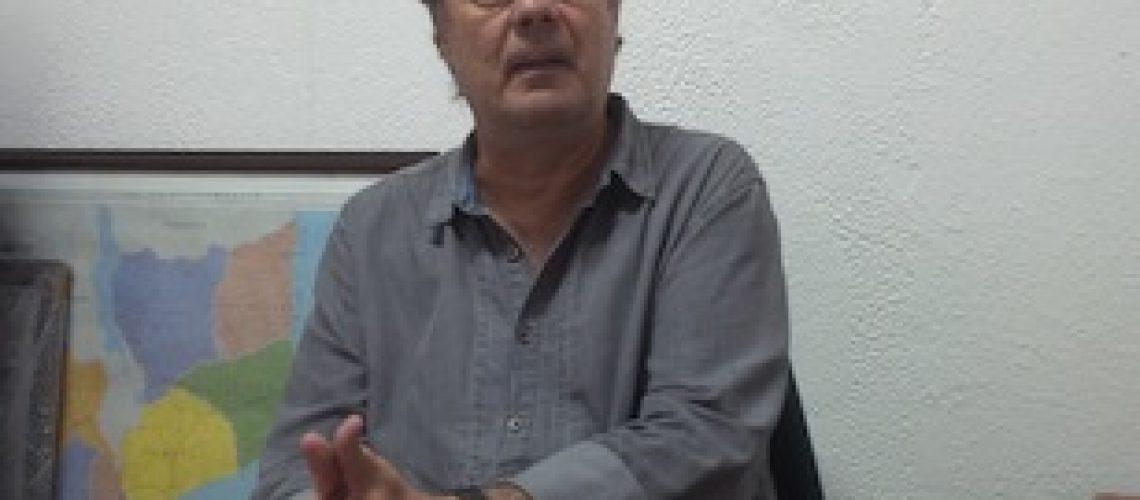 """O Presidente Filipe Nyusi """"ainda não tem a força e o controle total sobre a máquina governativa e partidária"""" em Moçambique"""