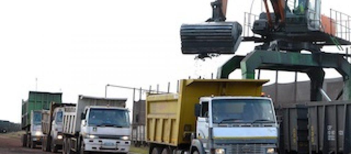 Transporte de magnetite para África do Sul: Comboios fazem reduzir número de camiões na EN4