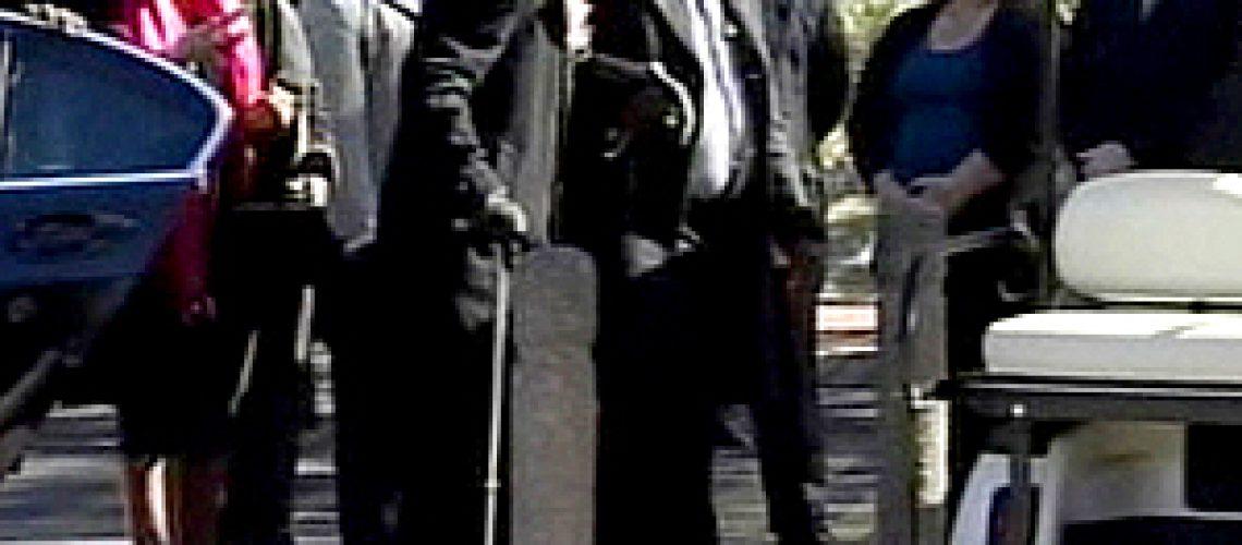 Mandela assiste ao funeral da sua bisneta