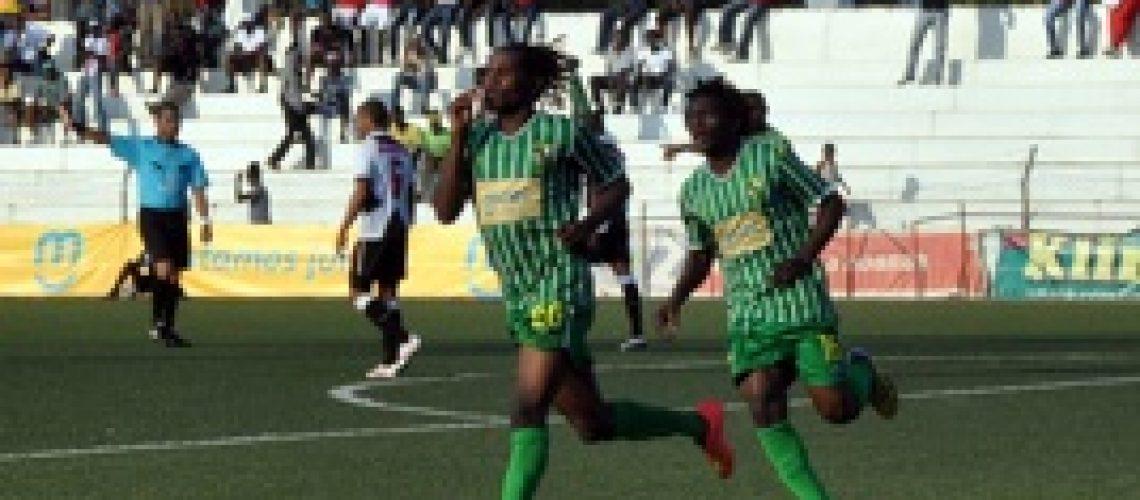 Moçambola 2014: Locomotivas regressam as vitórias mas não descolam do Têxtil que também venceu