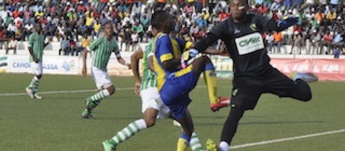 Moçambola 2015: Maxaquene derrotado no Songo reparte liderança com a Liga; Desportivo volta a não vencer e é último