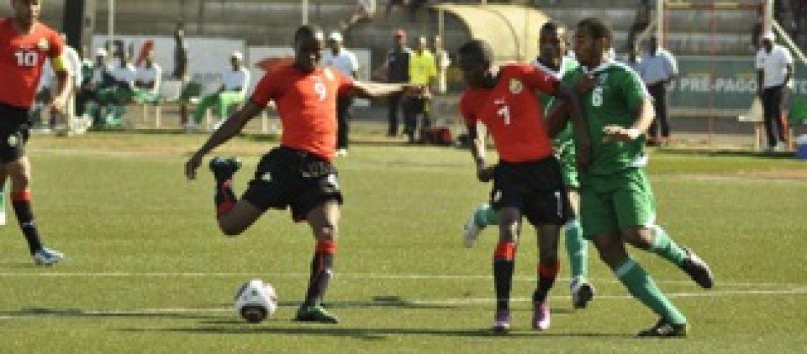 Moçambique goleia Comores; 16 equipas qualificadas para CAN de 2012