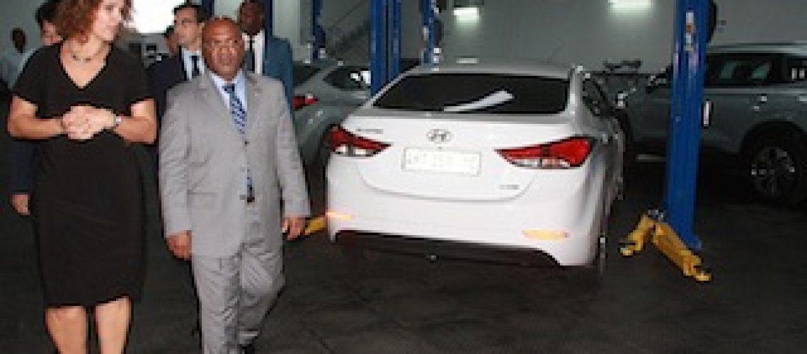 Carlos Mesquita inaugura em Maputo novas instalações da Hyundai
