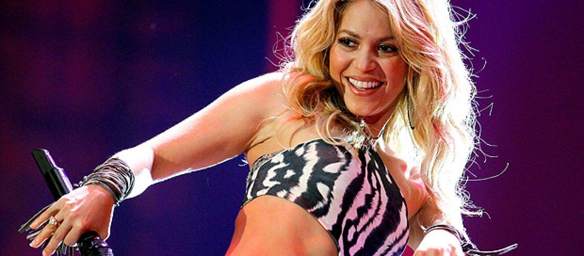 Mundial 2010 abre com show de Shakira no Soweto