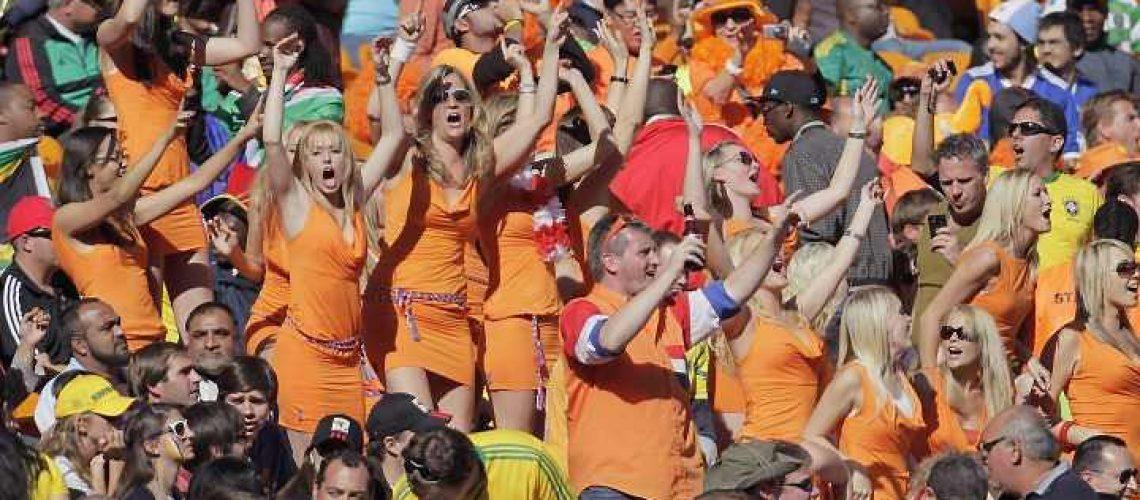 Holandesas são libertadas após prisão por publicidade ilegal