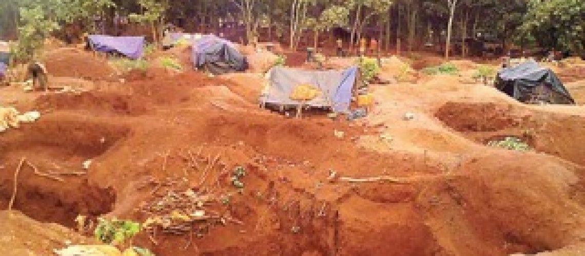 Mais de 600 moçambicanos e estrangeiros enxotados da mina de Namanhumbir em Cabo Delgado
