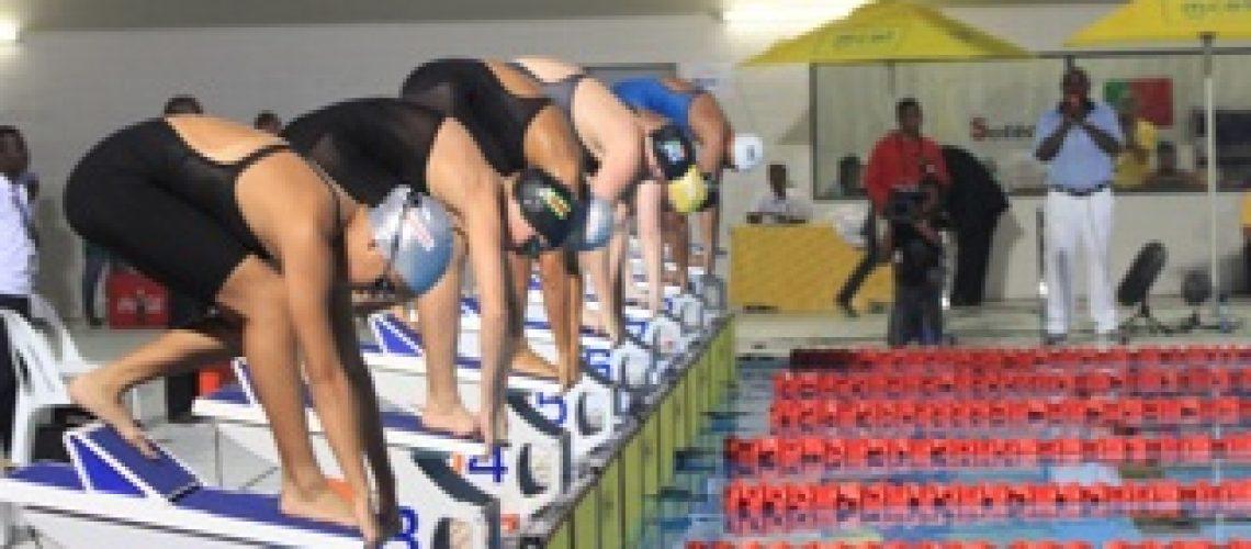 Diários dos X Jogos Africanos: Sul africanas dominam primeiro dia da natação
