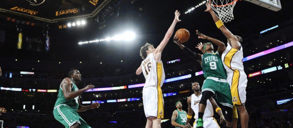 NBA final: Em noite de Allen e Rondo
